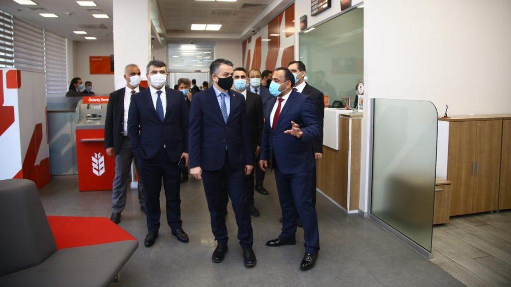 Ziraat Bank Azerbaycan'ı ziyaret ettiler